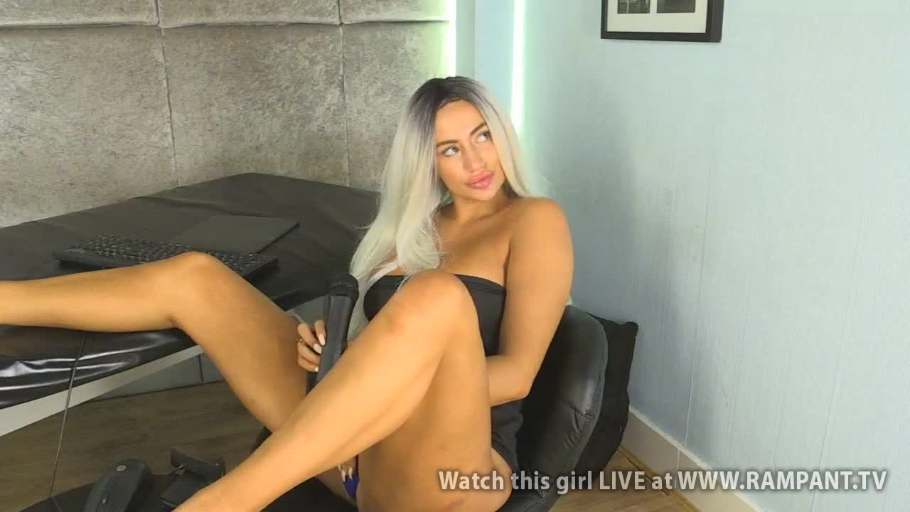Bella - Babestation Day Extra(24 September 2018)