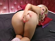 Tiffany Kingston plays with her arse and pussy